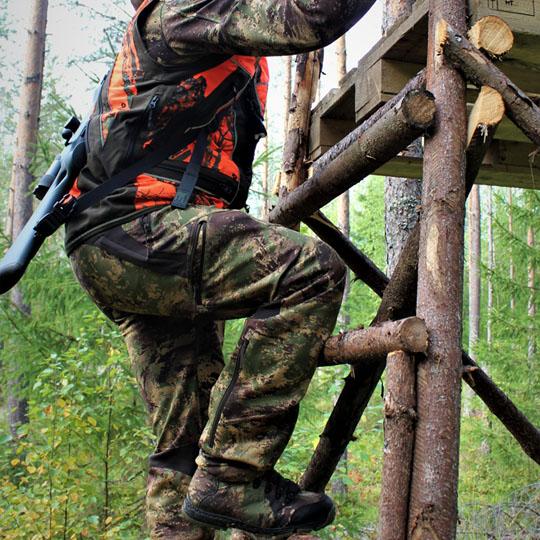 3HGR Takedown pysyvän selässäsi tukevasti esimerkiksi hirvitorniin kiivetessä